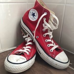 Red Converse All Stars - High Top